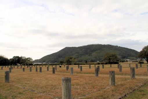 出雲国府跡から見た茶臼山