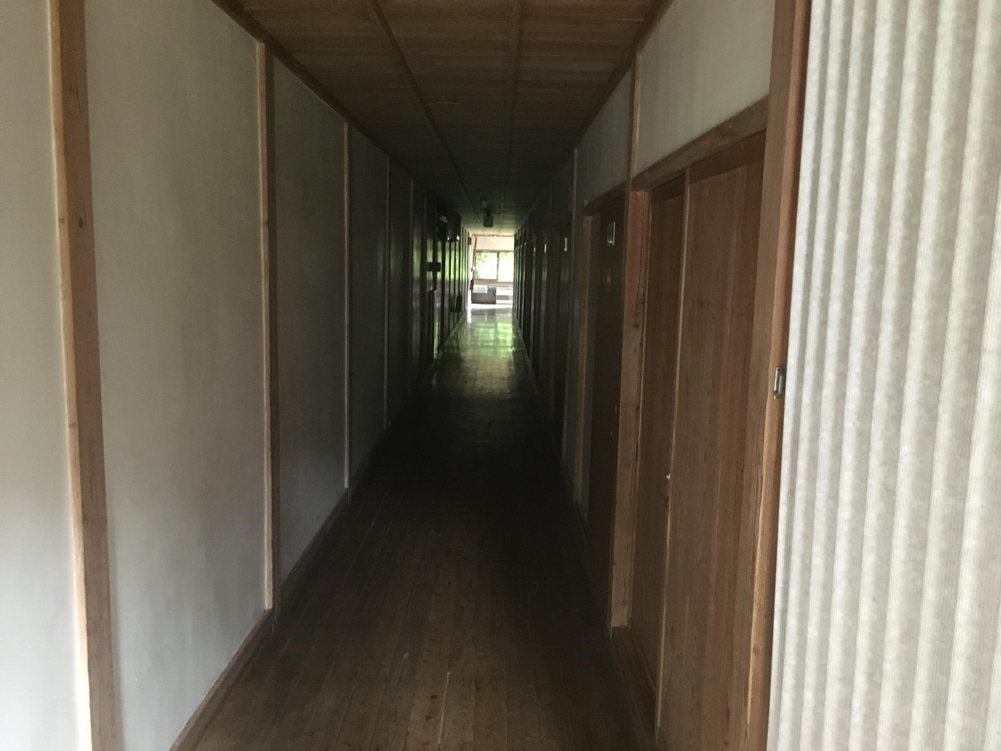 庄川湯谷温泉-浴室へのアプローチ③