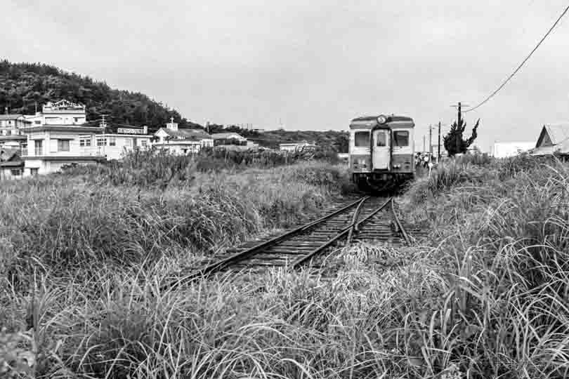 19224F.jpg