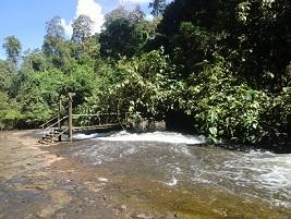 テバダの滝2 2