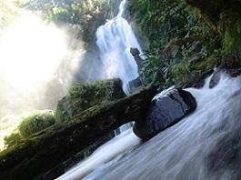 テバダの滝 4