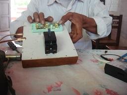 電気回路修理2