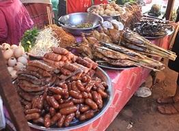 サラワン市場3