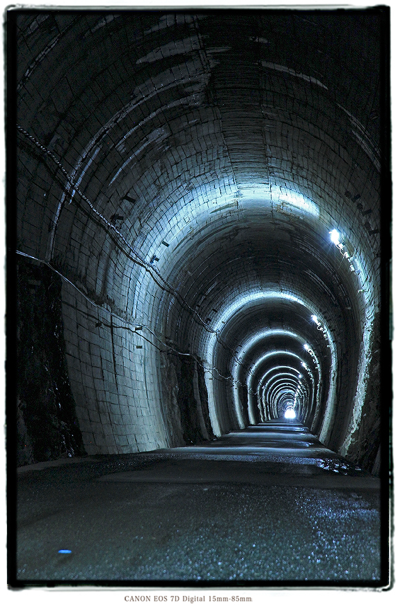 夏焼隧道2002natsuyakitunnel06.jpg