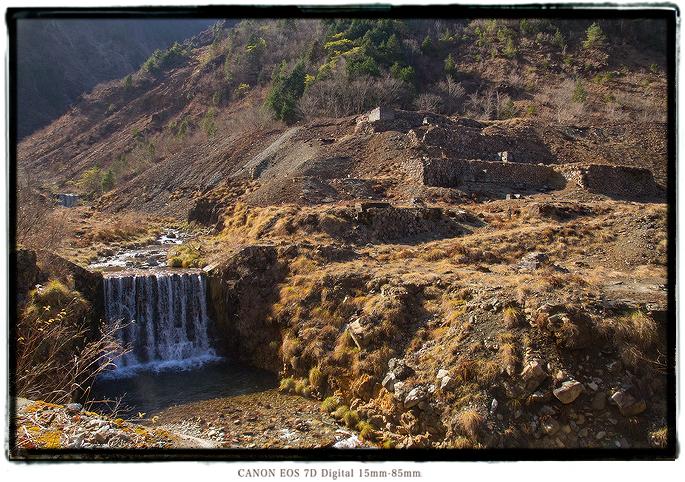 面谷鉱山跡2011omodani08.jpg