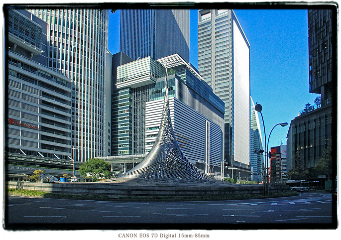 名古屋駅東口の飛翔2012nagoyaeast04.jpg