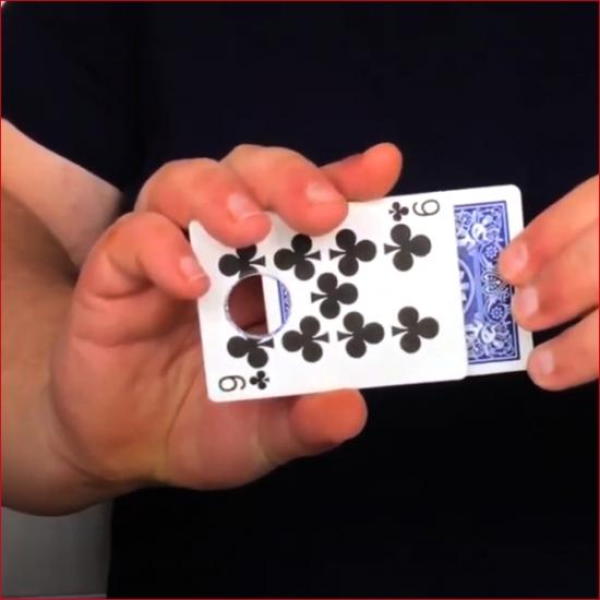 CardGuillotine02.jpg