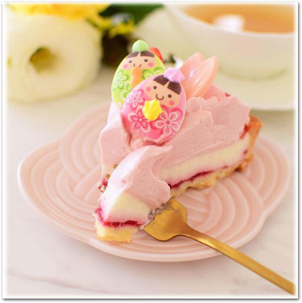 桜レアチーズタルトカット