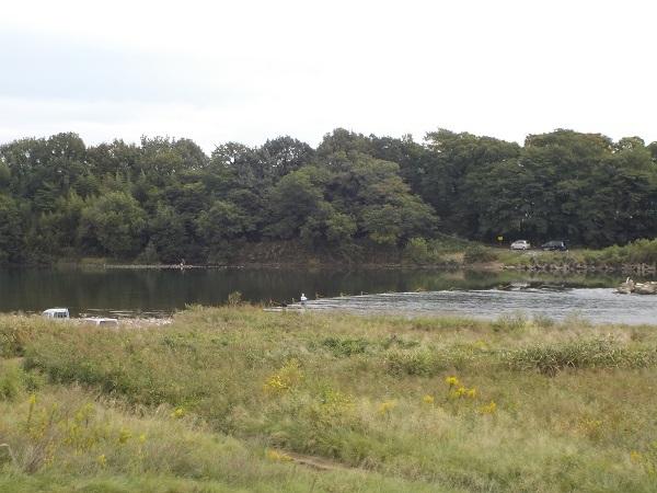 堰堤上の瀬張り網漁