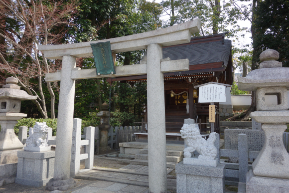 八坂神社・美御前社・忠盛燈籠04