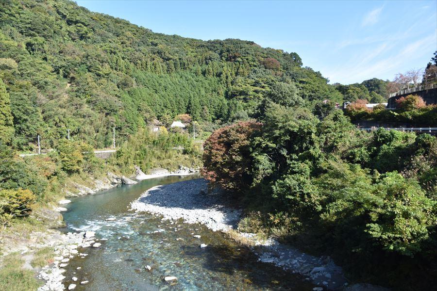 穴吹川の紅葉4