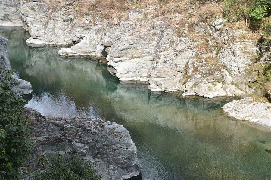 清流穴吹川2