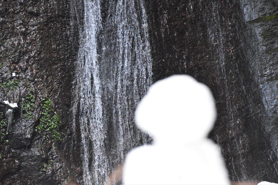 閑定の滝3