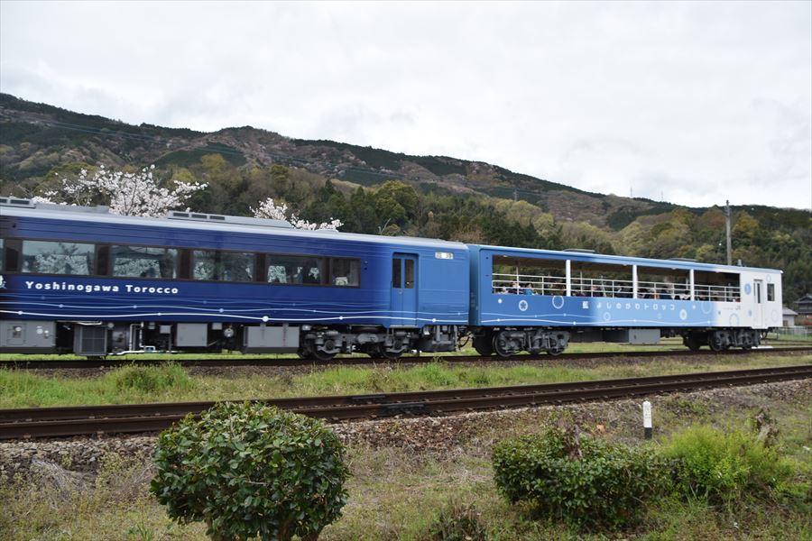 小島駅とトロッコ5