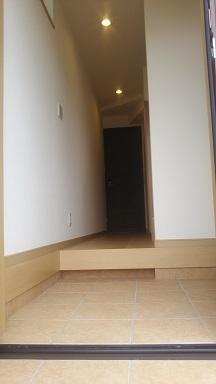 玄関廻り (1)