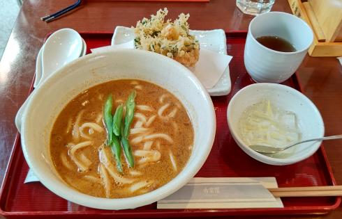 210416古奈屋のカレーうどんとかき揚げ天ぷらのセット