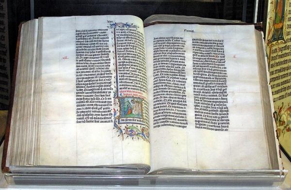 800px-Bible_malmesbury.jpg