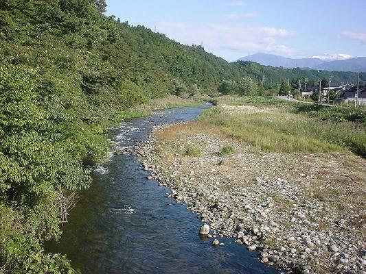 800px-Kumano_River_Toyama_Japan.jpg