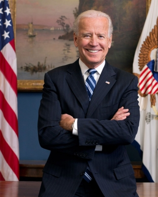 Joe_Biden_official_portrait_20133.jpg