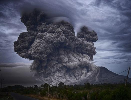 eruption3425.jpg