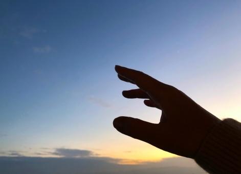 hand987685.jpg