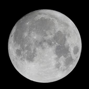 moon24222456.jpg