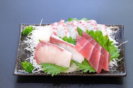 sashimi_fish786.jpg