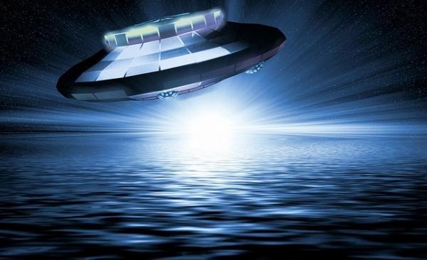 ufo-1999504_640.jpg
