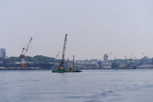 yokosuka_sea8765.jpg