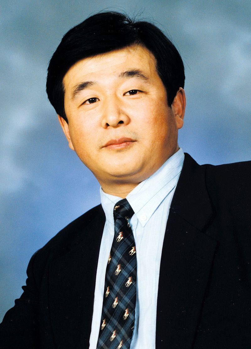 李 洪志(り こうし)