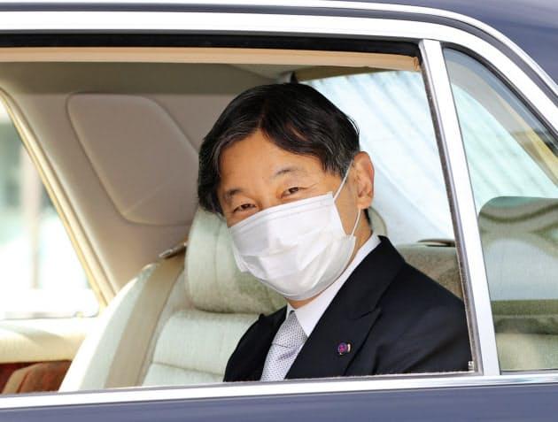 """天皇陛下を""""ロボット""""として配(あしら)うべきだと教えているのが、東京大学法学部なんです!!!"""