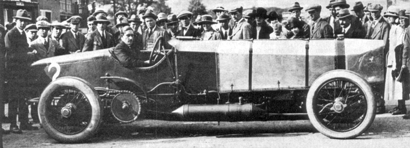 Count_Zborowski_With_Chitty_Bang_Bang_1_At_Brooklands.jpg