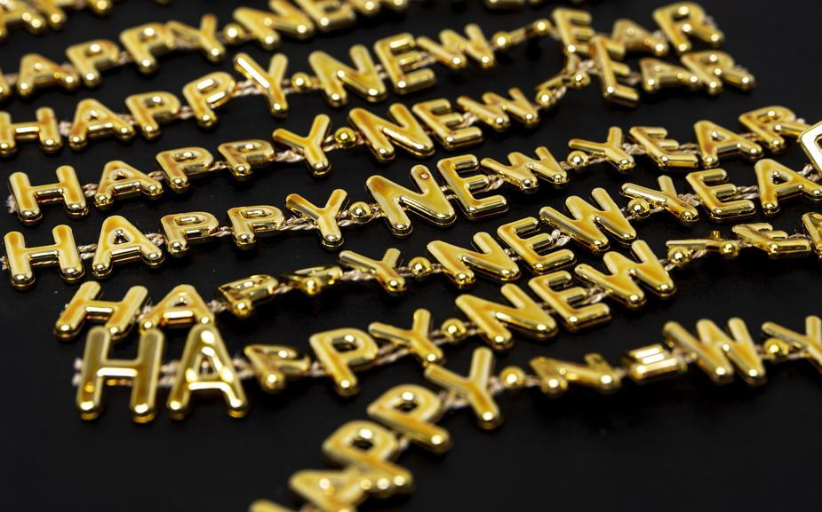 close-up-happy-new-year-in-gold.jpg