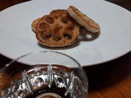 【写真】厚切りレンコンの塩オリーブ焼き