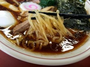 青島食堂東堀 ラーメン 麺スープ