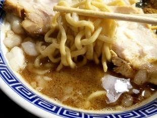 八ちゃんラーメン 濃厚中華ソバ 麺スープ