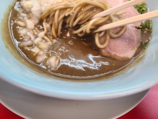 山岡家新和 鬼煮干ラーメン スープ