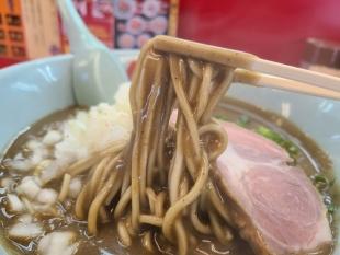 山岡家新和 鬼煮干ラーメン 麺