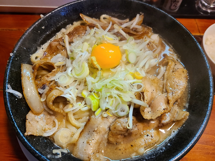 なおじ総本店 肉そば味噌