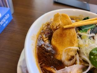 MAJIDE 海老薫るカレーSOBA 鶏チャーシュー