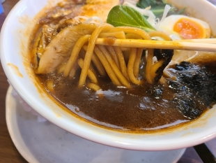 MAJIDE 海老薫るカレーSOBA 麺スープ