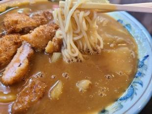 大黒亭松谷小路店 カツカレーそば 麺スープ