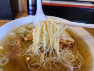 ラーチャン家長岡 冷やしラーメン 麺