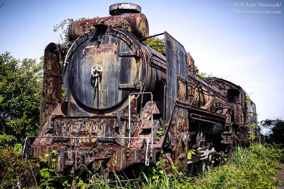 世界平和大観音(平和観音寺)の蒸気機関車D51828