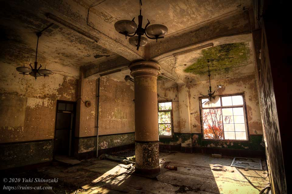 円柱の部屋