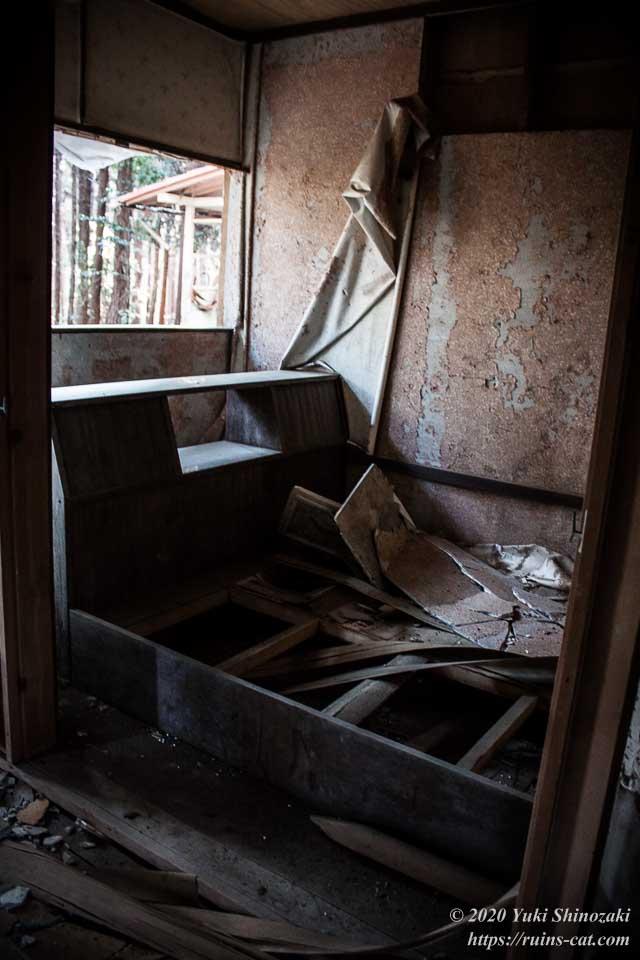 上高地別荘ホテルのコテージのベッド