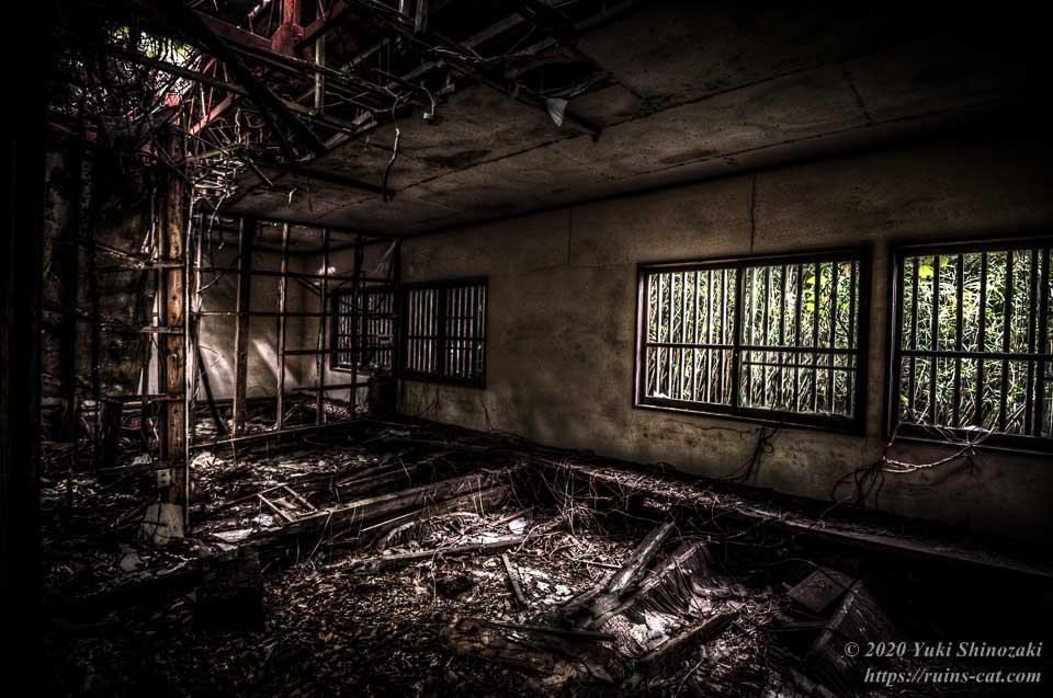 小川脳病院(心霊スポット) 精神病患者の隔離病棟(大部屋)