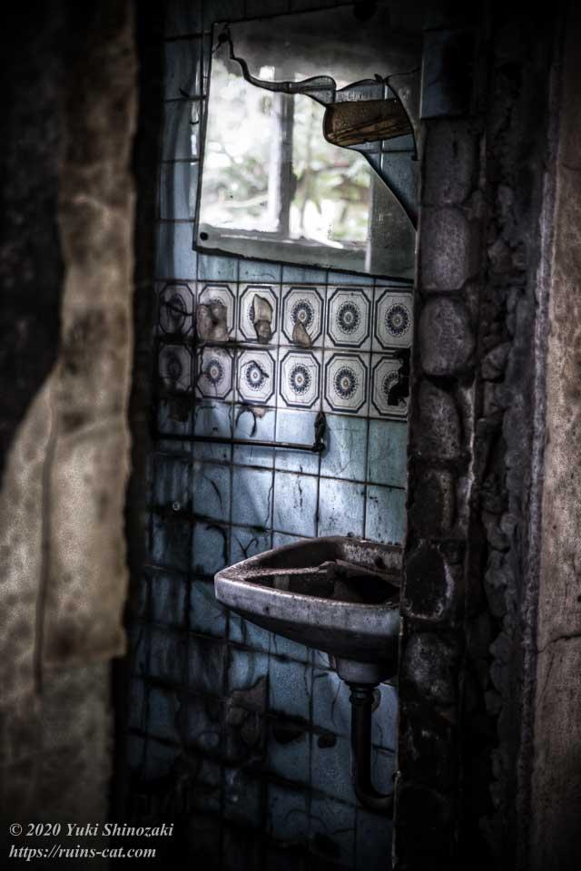 茨城のホワイトハウス(心霊スポット) トイレの手洗い場