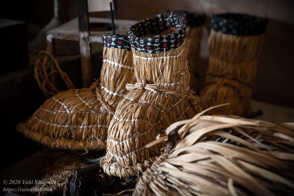 資料室に残されていた藁靴