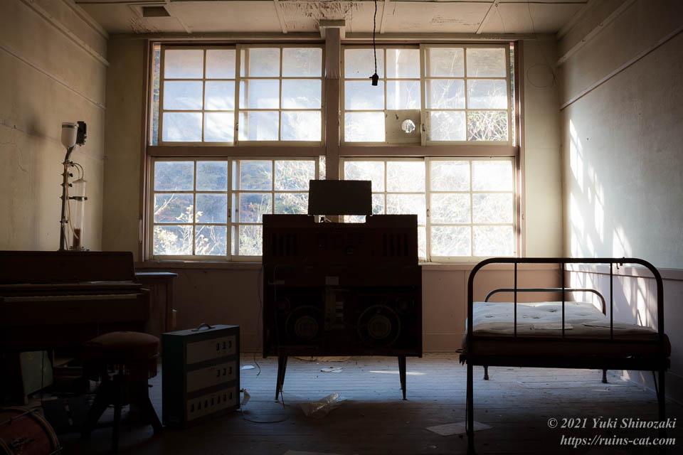 小倉沢小中学校 保健室